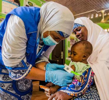 © PAM/Arete/Damilola Onafuwa Un bébé de sept mois est traité pour malnutrition dans un centre de santé de l'État de Yobe, au Nigéria